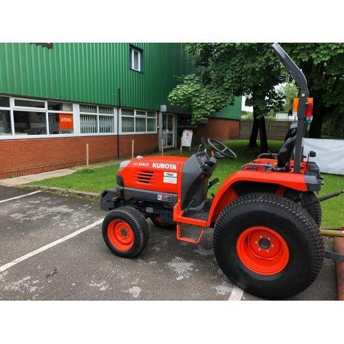 Kubota STV40 Compact Tractor