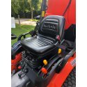 """Kubota B2650 Hydrostatic Compact Tractor with Rear Collector & 60"""" Cutting Deck"""