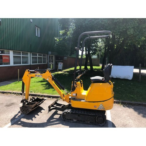 JCB 8008 CTS Micro Excavator / Digger with 3 Buckets (second hand JCB digger)