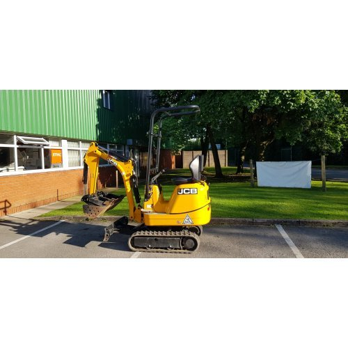 JCB 8008 Micro Digger / Excavator (Ex-Demo) with 3 Buckets