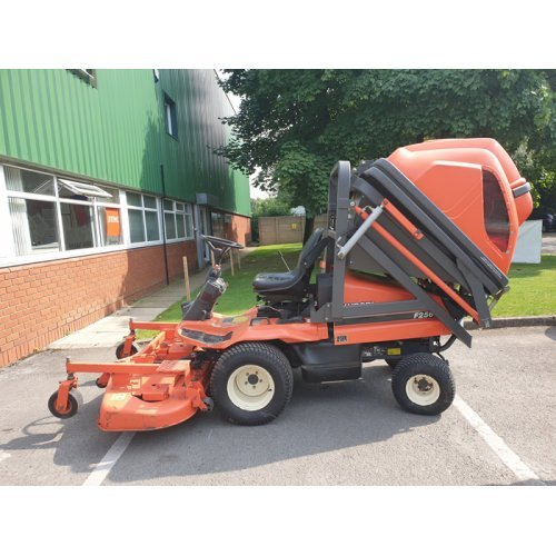 "Kubota F2560 Out-front Diesel Mower with 60"" Deck"