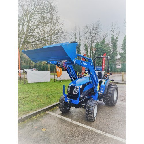 Solis 26 HST Compact Tractor with 4 in 1 Loader (26HP HST with industrial tyres)
